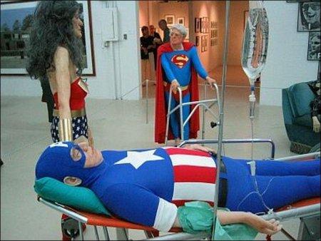 Супергерои в доме престарелых