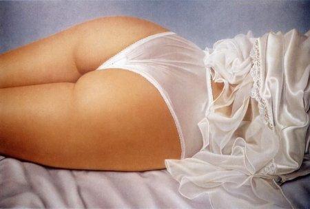 Реалистичные рисунки девушек в нижнем белье