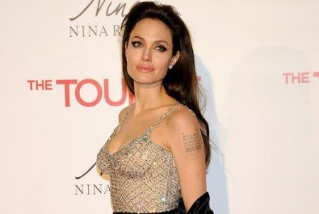 Анджелина Джоли - новое лицо Louis Vuitton