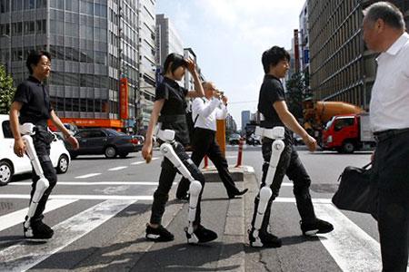 Киборги на улицах Токио