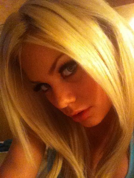 Riley Steele и ее фото из твиттера