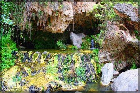 """Горный источник """"Горячая вода"""" в Армении"""