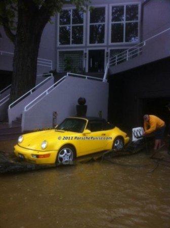 Как спасти любимое авто от наводнения