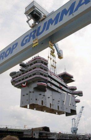 Как строят авианосец