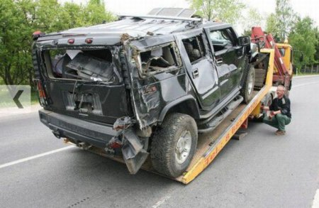 Гробим Hummer H2!