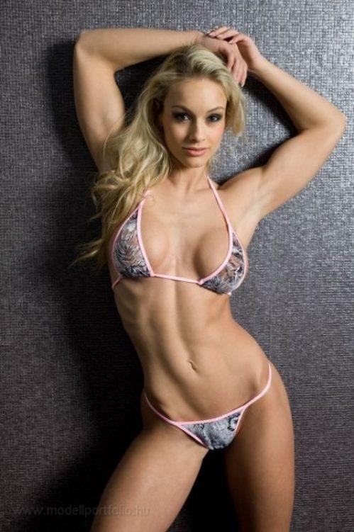 Спортивные девушки - привлекательные или нет?