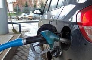 Белнефтехим снова набивает цену на бензин
