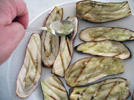 [постное блюдо] Баклажаны на гриле с чесноком