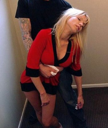 Девки пьяны, кони запряжены!