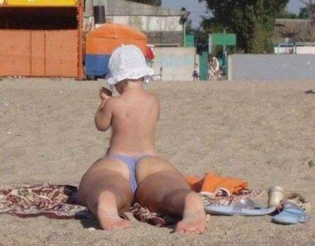 Веселая и странная пляжная публика
