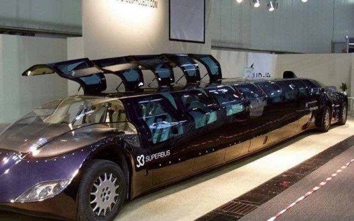 Суперавтобус в Дубаи