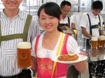 Китайцы скопировали немецкий Октоберфест
