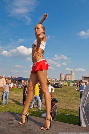 """Лучшие девушки с шоу """"Автоэкзотика 2011"""""""