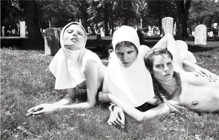 Себастьян Фаэна и его монашки