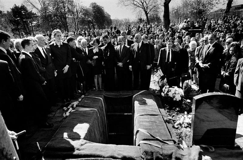 Фото девушек убитых деревянной палкой в анус криминале 1 фотография