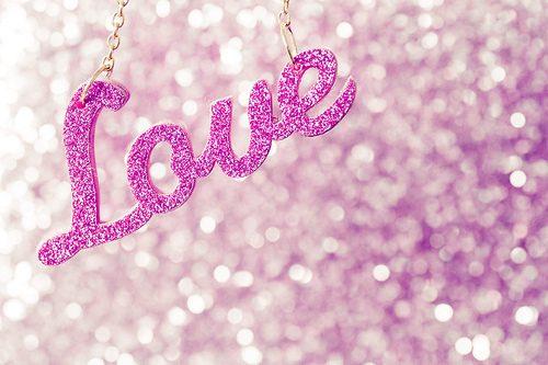 Повсюду любовь!