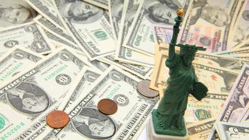 Вините телевизор за долларовую панику в России