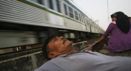 Терапия на железнодорожных рельсах. ФОТО