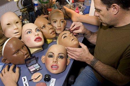 """Куклы """"Real dolls"""" и их владельцы"""