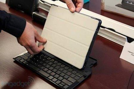 Клавиатура-раскладушка для iPad