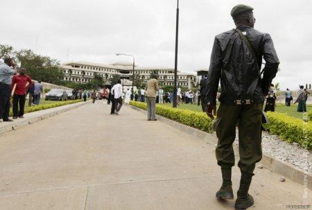 Число жертв теракта в здании ООН в Нигерии возросло до 18 человек