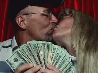 В зарубежных банках доллары можно купить за 9,4—27,8 тыс. белорусских рублей