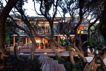 ������� ��� Under Pohutukawa �� Herbst Architects