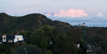 Особняк на Голливудских холмах