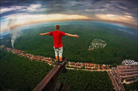Бесстрашный фотограф-высотник