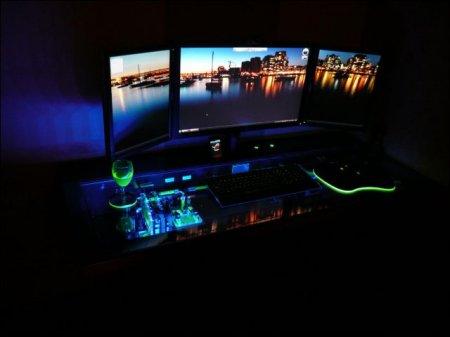 Компьютер-стол