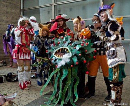Косплей на Tokyo Game Show 2011