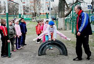 Ученица умерла на уроке в школе № 32 в Екатеринбурге