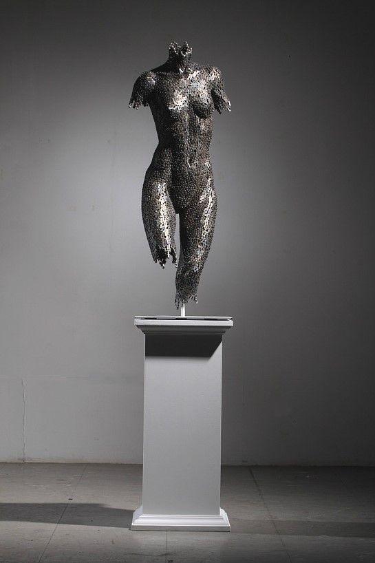 Скульптуры из цепей