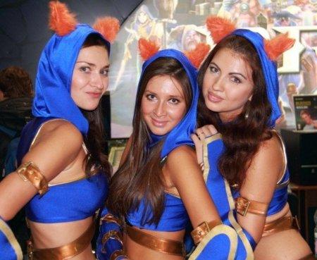 Девушки с Игромира 2011