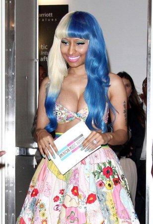 Nicki Minaj - полуМальвина?