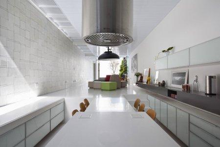 4×30 House от архитекторов CR2 Arquitetos и FGMF Architects