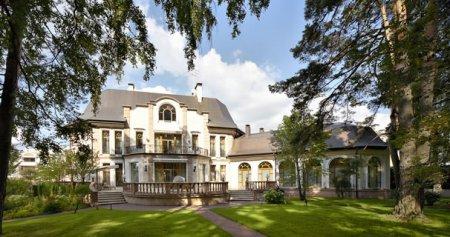 Интерьеры домов на Рублевке
