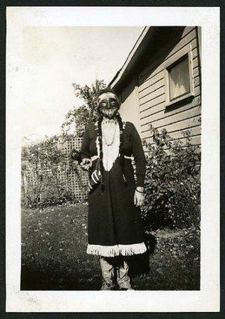 Винтажные костюмы на Хеллоуин