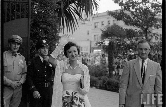 Конкурс Мисс Вселенная (Miss Universe) в 1953 году.