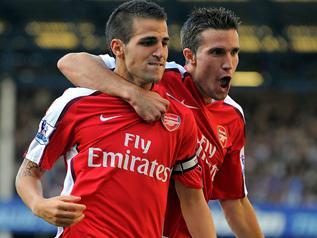 Фабрегас советует Ван Перси покинуть «Арсенал»