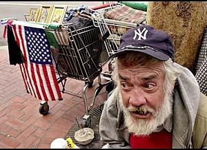 У черты бедности: каждый третий американец живёт «от зарплаты до зарплаты»