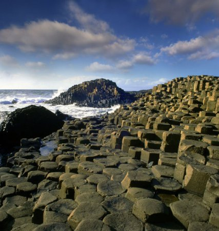 Необычные каменные структуры
