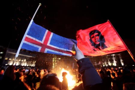 Что такое исландская революция и почему её нет в новостях