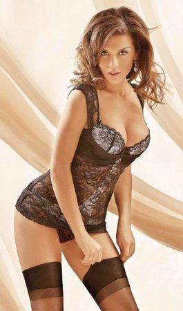 Мужской журнал Maxim который раз составил рейтинг самых желанных женщин России 2011