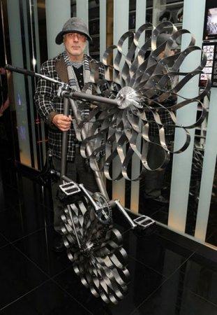 Изобретатель велосипеда Ron Arad