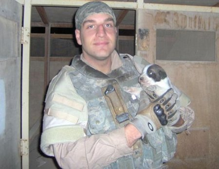 Грустная история про солдата и щенка