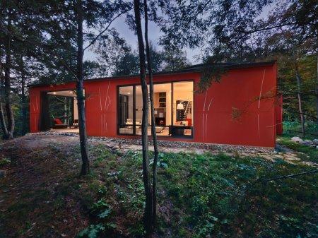 Hill-Maheux Cottage – загородный дом в Канаде от Kariouk Associates