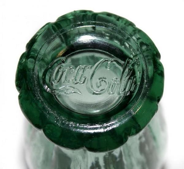 Бутылка от Coca-Cola продана за 240.000$
