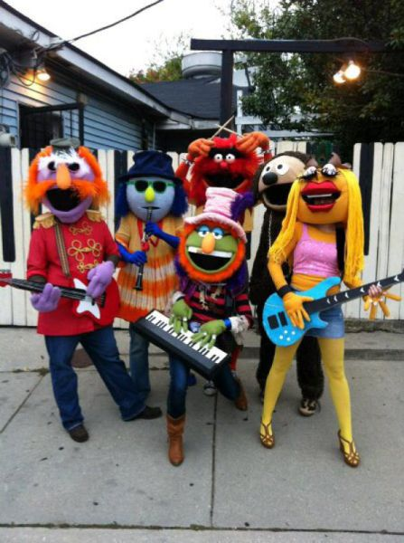 Шикарные групповые карнавальные костюмы