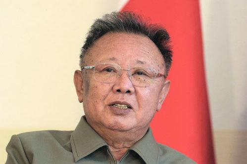 Ким Чен Ир умер на руках у врачей в личном бронепоезде